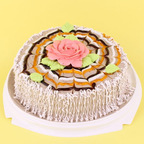 Торт Экзотика (персик и карамель)